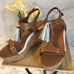 🆕 Brown Leather Wedge Heels Size 9.5